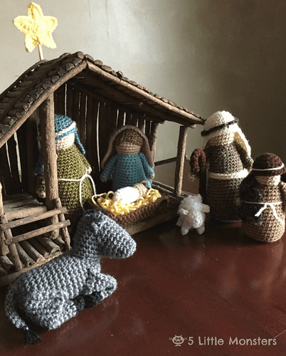 Crocheted Nativity Set Pattern by 5 Little Monsters