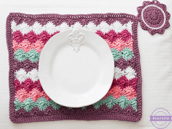 Harlequin Placemat Crochet Pattern by Sewrella
