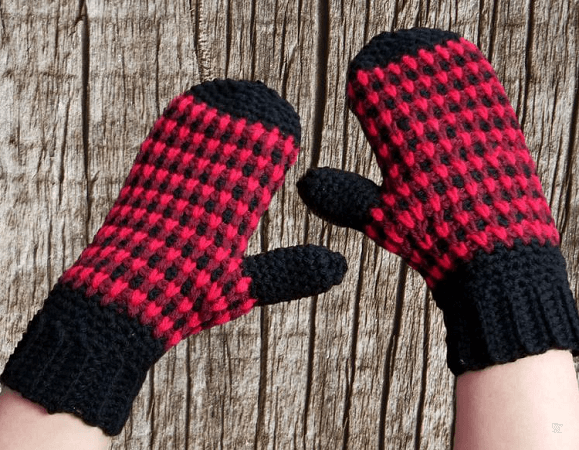 Micro Plaid Crochet Mittens Pattern by Hug A Hooker