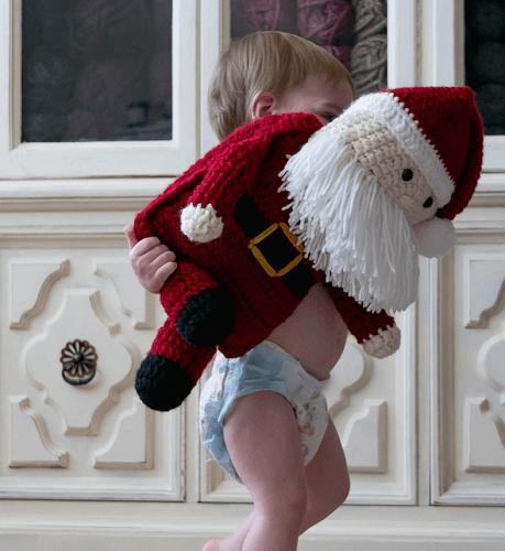 Santa Claus Crochet Pattern by Sewrella