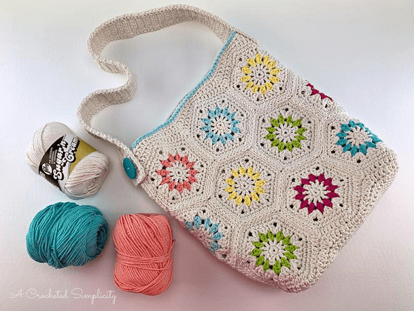 Summer Retro Tote Bag Crochet Pattern by A Crocheted Simplicity
