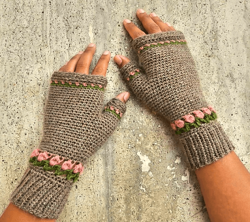 Tulip Fingerless Mittens Crochet Pattern by Nomad Stitches