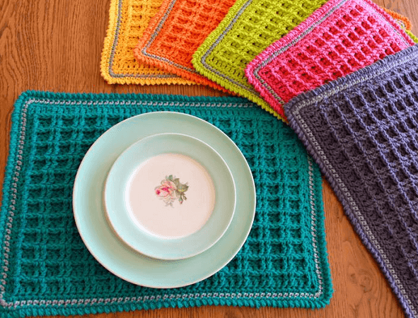 Waffle Stitch Crochet Placemat Pattern by Yarn Godess