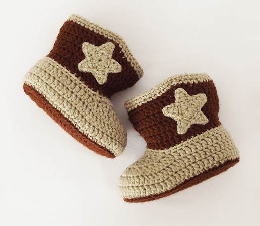 Cowboy Free Crochet Baby Boots Pattern by Projectarian