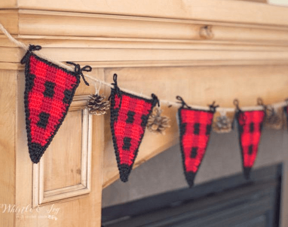 Crochet Buffalo Plaid Bunting Pattern by Whistle And Ivy
