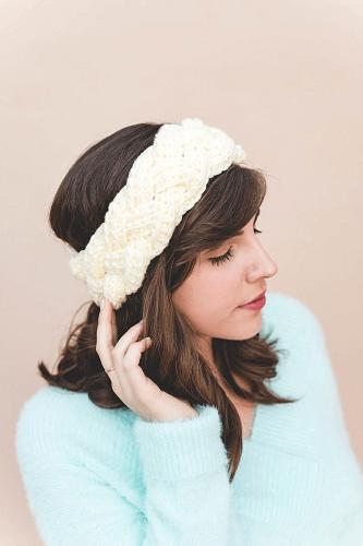 Crochet Crown Braid Headband Pattern by Sewrella