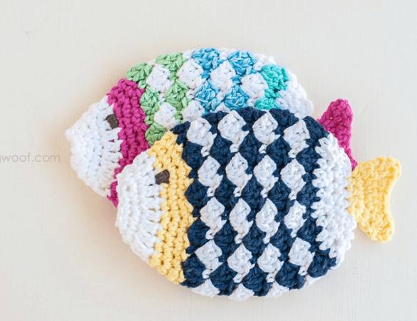 Crochet Fish Scrubbie Pattern by 1 Dog Woof