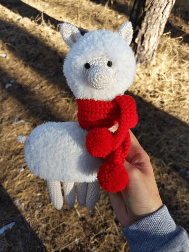 Crochet Llama Alpaca Free Pattern by Knitted Story Bears