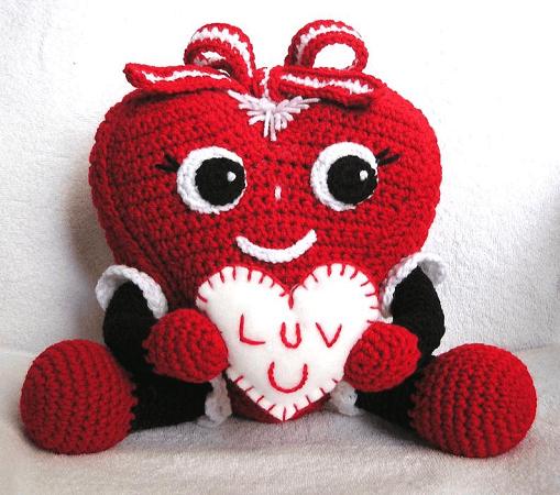 Crochet Pudgy Valentine Heart Pattern by Bvoe 668