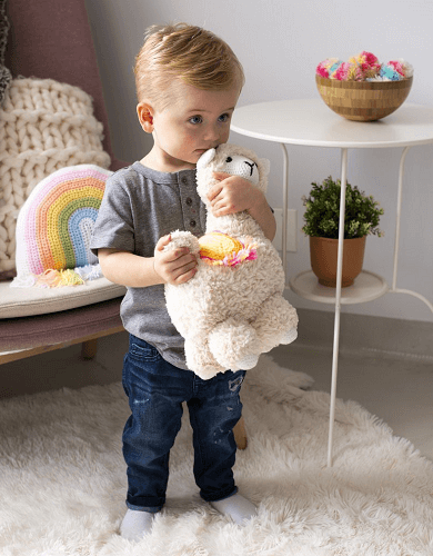 Lola Llama Crochet Pattern by Lion Brand