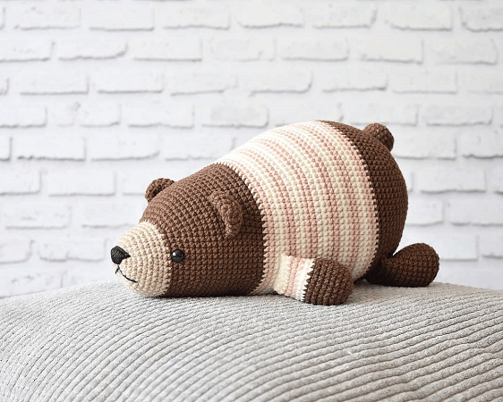 Lying Bear Crochet Pattern by Amigurum