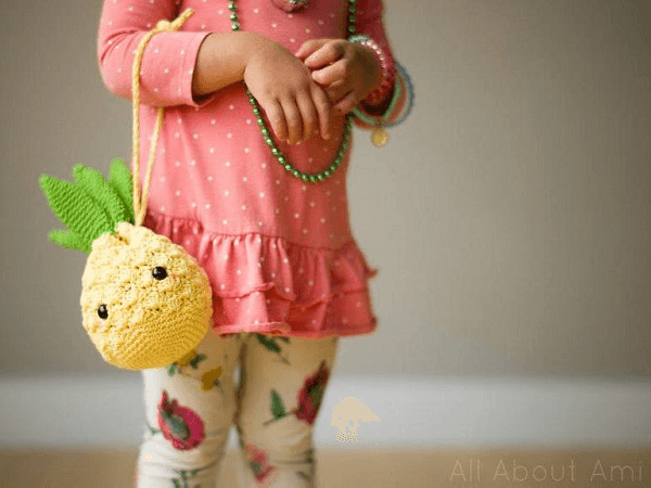 Pineapple Purse Crochet Pattern by All About Ami