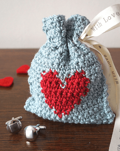 Valentine's Day Gift Bag Crochet Pattern by Little Doolally