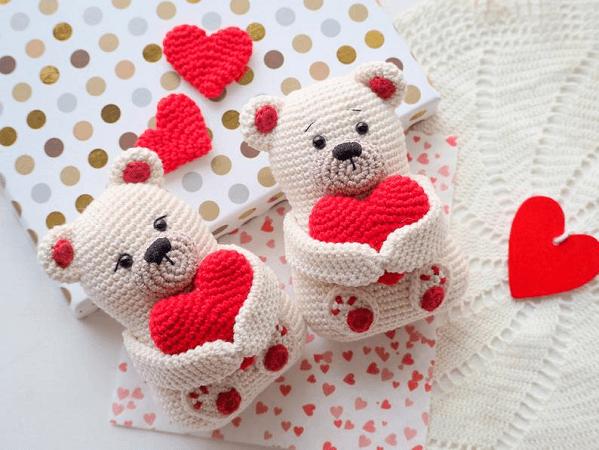 Teddy Bear Valentine Crochet Pattern by R Nata