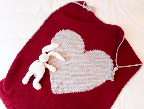 You Stole My Heart Crochet Blanket Pattern by Knitting With Chopsticks