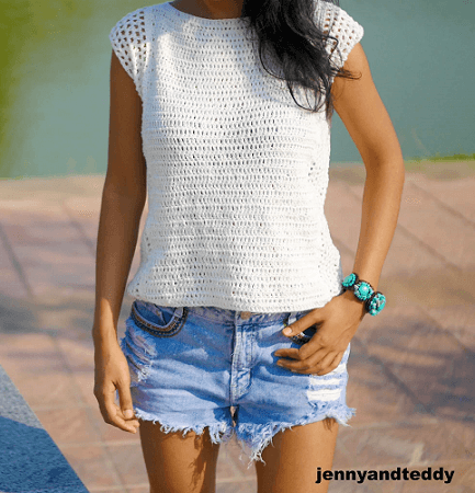 Beginner Summer Crochet Top Pattern by Jenny And Teddy