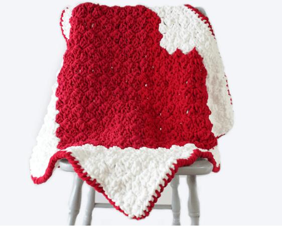 C2C Heart Blanket Free Crochet Pattern by The Blue Elephants
