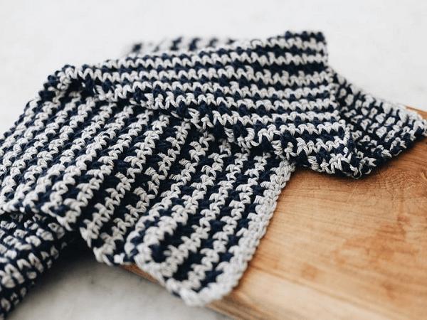Checker Striped Tea Towel Crochet Pattern by Two Of Wands Shop