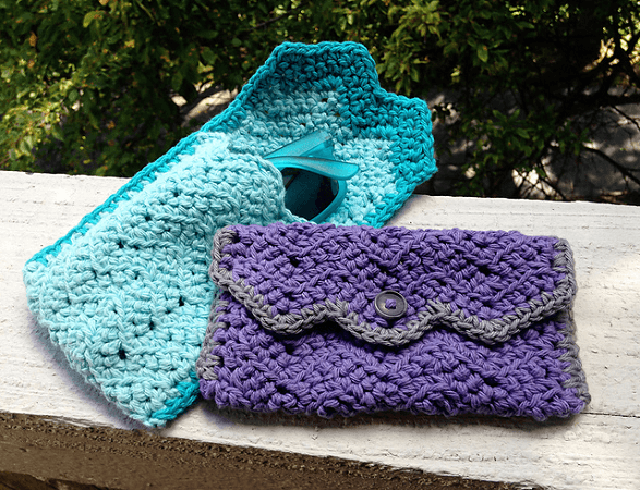 Chevron Sunglasses Case Crochet Pattern by Lauren Elizabeth