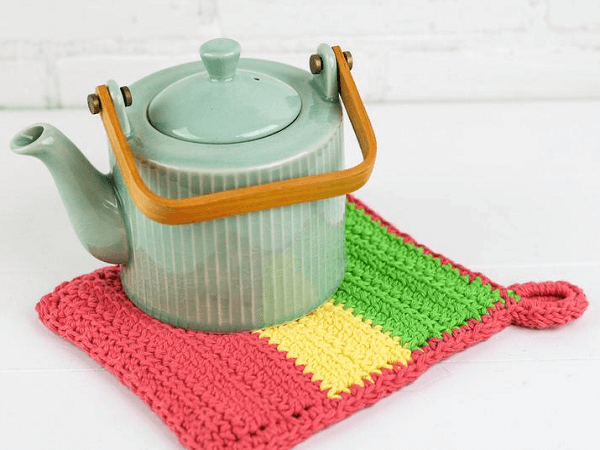 Color Block Hot Pad Crochet Pattern by Winding Road Crochet