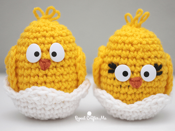 Crochet Baby Chick Pattern by Repeat Crafter Me