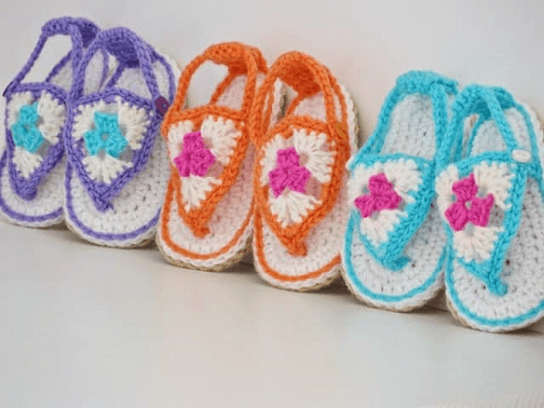 Crochet Baby Sandals Free Pattern by Crochet Dreamz