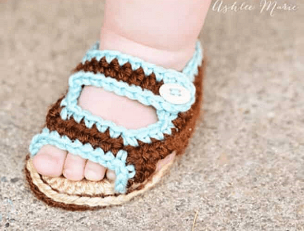 Crochet Baby Summer Sandals Pattern by Ashlee Marie
