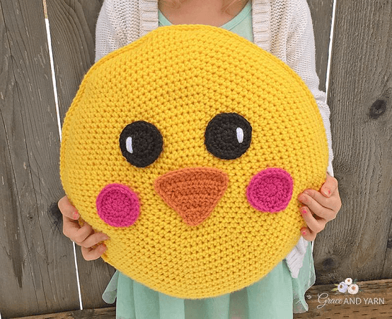 Crochet Chick Pillow Pattern by Grace And Yarn