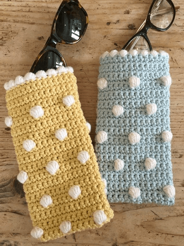 Crochet Club Sunglasses Case Pattern by Kate Eastwood