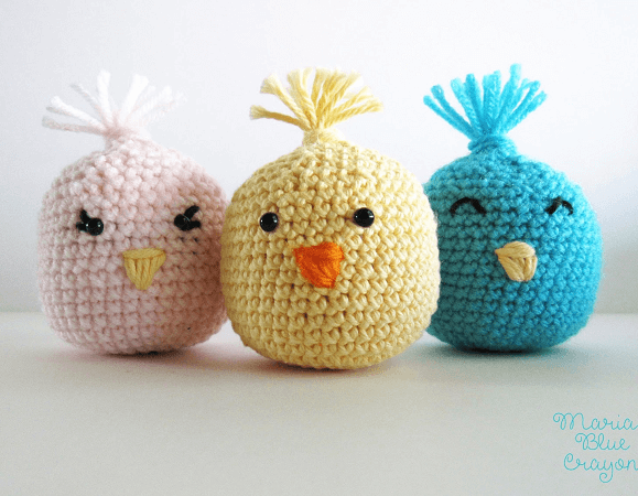 Crochet Easter Chick Amigurumi Shakers Pattern by Maria's Blue Crayon