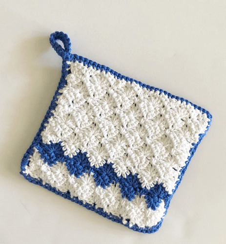 Crochet Harlequin Stitch Hot Pad Pattern by Daisy Farm Crafts