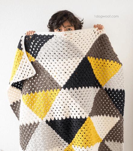 Love Triangles Baby Blanket Crochet Pattern by 1