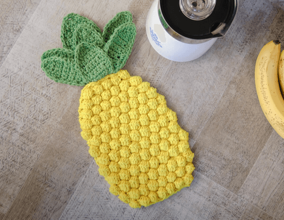 Pineapple Crochet Hot Pad Pattern by Petals To Picots