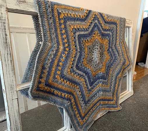6 Day Baby Star Blanket Crochet Pattern by Betty McKnit