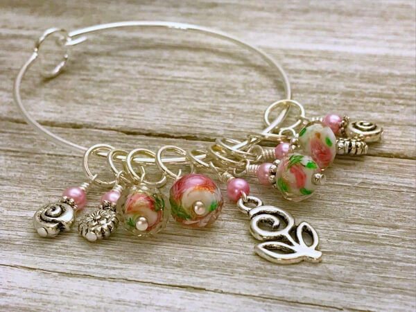 Spring Flowers Stitch Marker Bracelet Gifts for Knitters