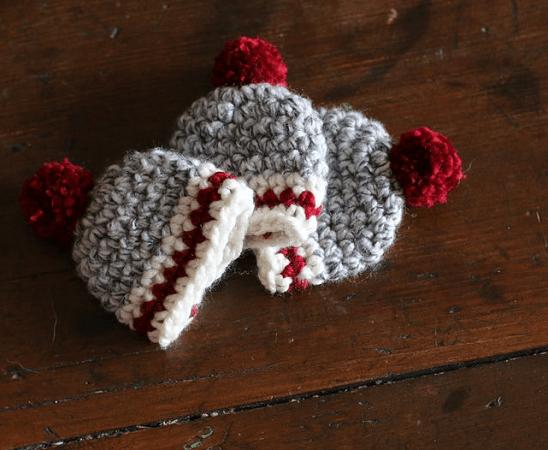 Crochet Hat Ornament Pattern by Pretty Darn Adorable