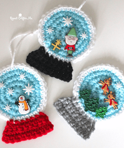 Crochet Snowglobe Ornaments Pattern by Repeat Crafter Me