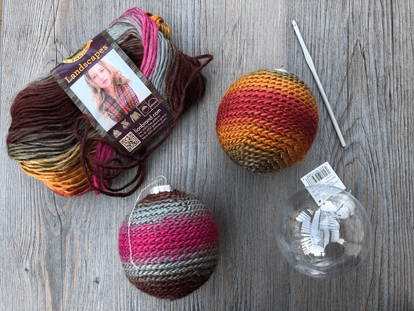 Easy Crochet Christmas Ornament Free Pattern by Rich Textures Crochet