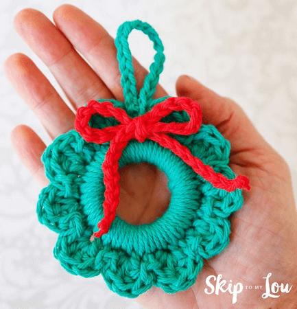 Easy Crochet Wreath Ornament Pattern by Skip To My Lou