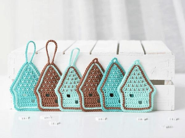 Gingerbread House Ornament Crochet Pattern by Lilleliis