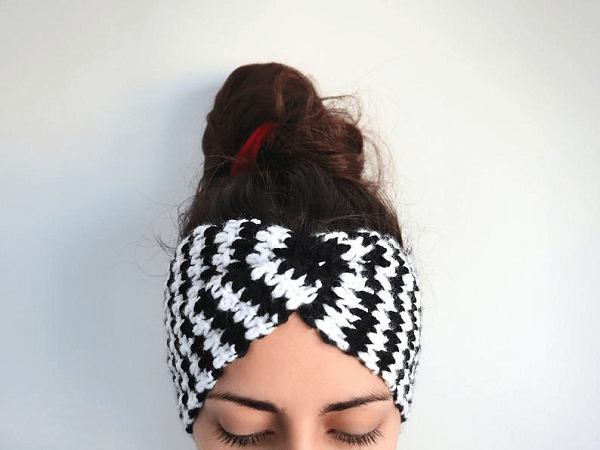 Houndstooth Twisted Headband Crochet Pattern by The Snugglery Patterns