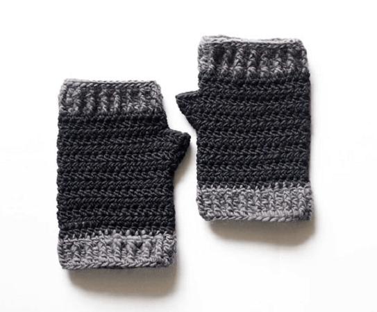 Men's Fingerless Gloves Crochet Pattern by Jessica A. Chong
