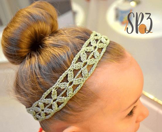 Simple Flower Headband Crochet Pattern by Sweet Potato 3