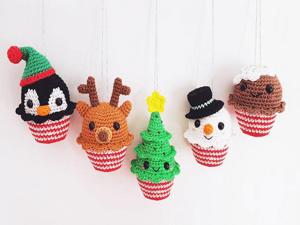 Christmas Cupcakes Amigurumi Pattern by Super Cute Design Shop