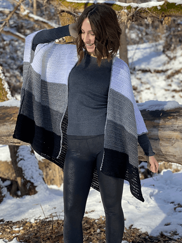Color Block Cape Crochet Pattern by Evelyn And Peter