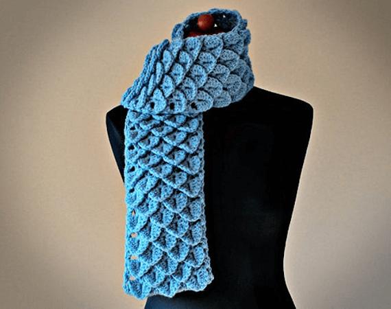 Crochet Crocodile Stitch Scarf Pattern by Zoom Yummy
