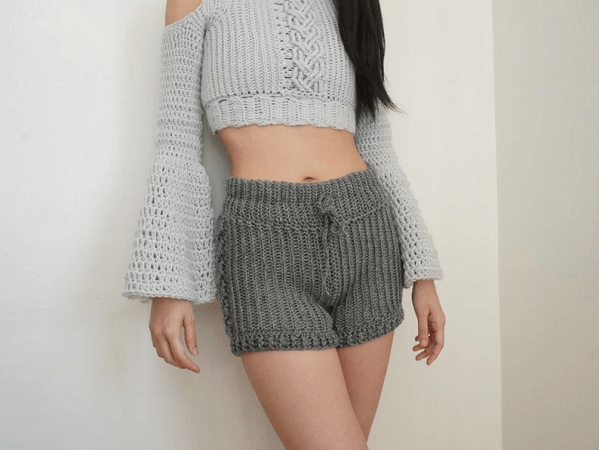 Crochet High Waisted Cable Stitch Shorts Pattern by TCDDIY