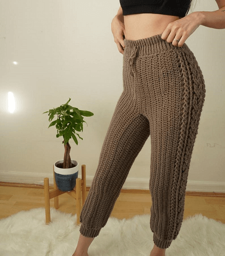High Waisted Sweat Crochet Pants Pattern by TCDDIY