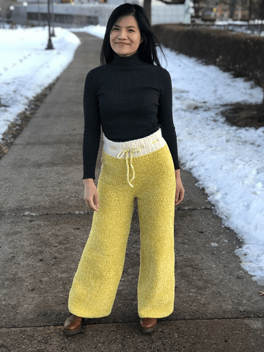 Crochet Velvet Pants Pattern by Knitcro Addict