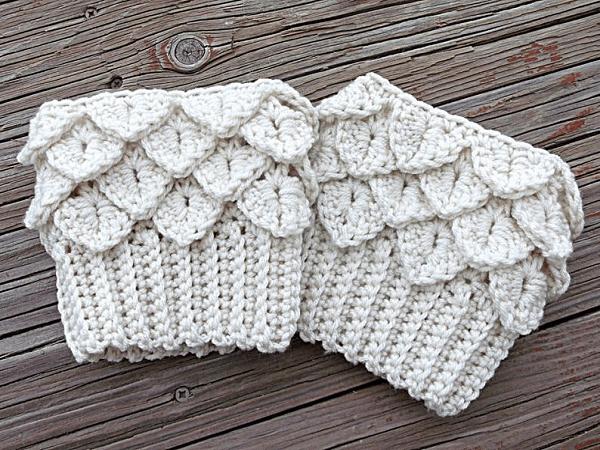 Crocodile Tears Boot Cuffs Crochet Pattern by Yarn Twisted